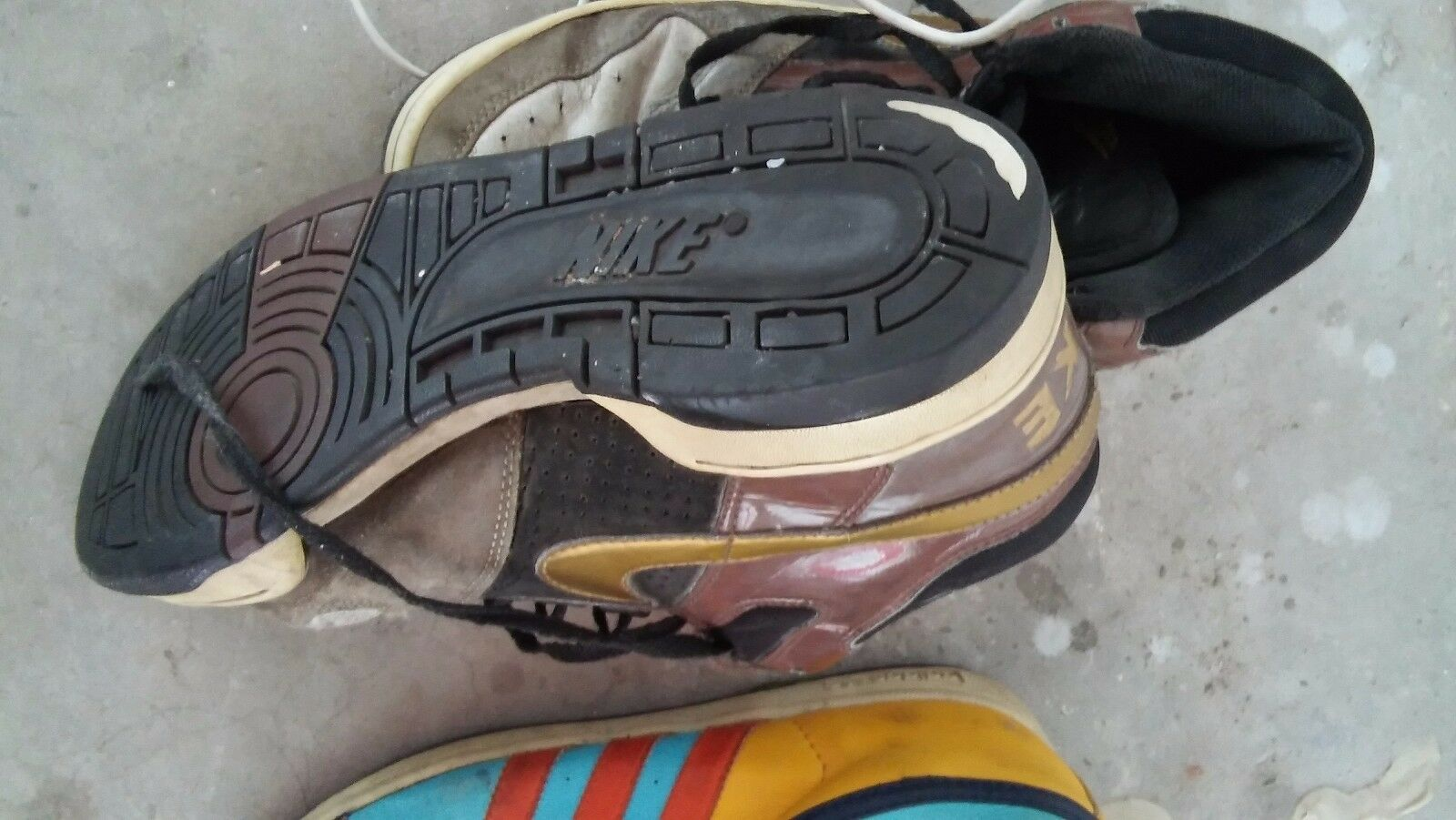 Wild casual shoes nike pre owned decent among wear but good dunks ostrich black gold purple