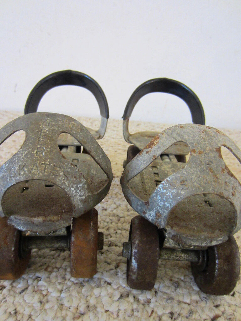 VINTAGE, PAIR OF, CLAMP ON, CHILD'S CHILD'S ON, STEEL ROLLER SKATES 459802