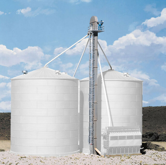 Walthers # 3124 Grain Conveyor Kit HO Scale MIB