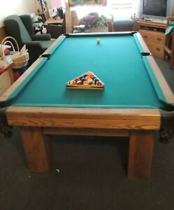8' SOLID OAK 1 PC SLATE POOL TABLE, CHAIRS, & CUE STAND