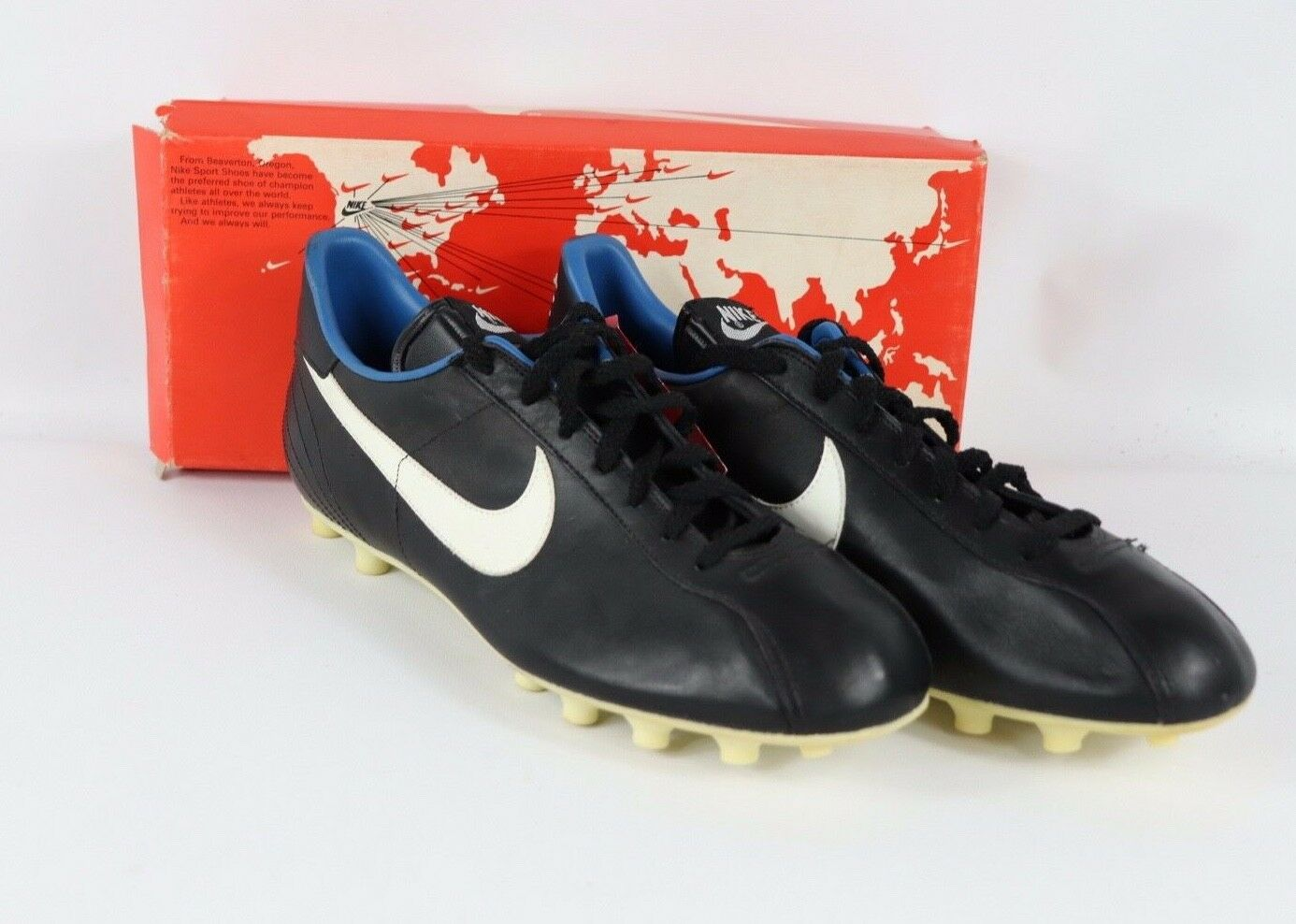 Vtg 80s New Nike Mens 10 United Leather Soccer shoes Cleats Boots Black White