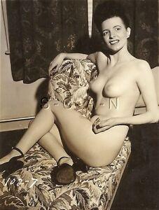 vintage-skinny-nude