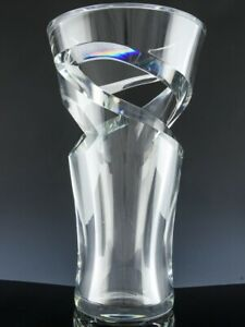 AMAZNG-LARGE-AUTHENTIC-BACCARAT-TORNADO-FRENCH-CRYSTAL-CUT-GLASS-VASE-NO-RESERVE