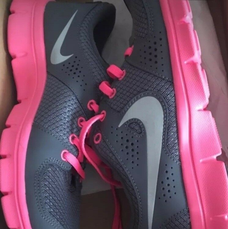 new arrival 8adc6 ebd0d Nike flex experience women s size 8 never never never worn with box 90dd42