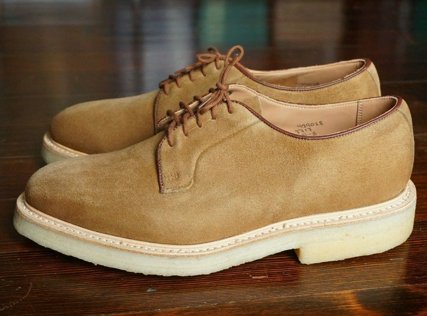 NEW WITH BOX   TRICKERS US 10 ROBERT PLAIN TOE DERBY TAN KUDU SUEDE 81 LAST