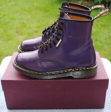 VINTAGE Dr. Martens 1460 Boots Made in England UK 7 VERY GOOD
