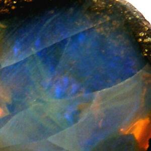 Boulder-Opal-Slice-with-Blue-Fire-Queensland-Australia-Unpolished-2-8g