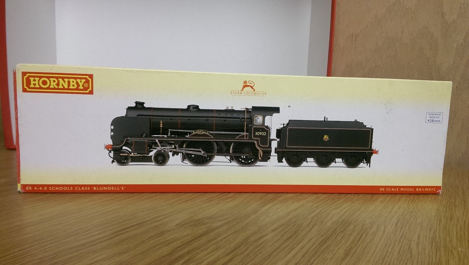 Hornby R2744X BR 4-4-0 Schools Class Blundells DCC Fitted