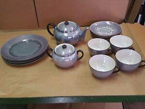 14-pc-VICTORIA-BLUE-LUSTRE-LUSTER-TEA-SET-TEAPOT-CUPS-DESSERT-PLATES