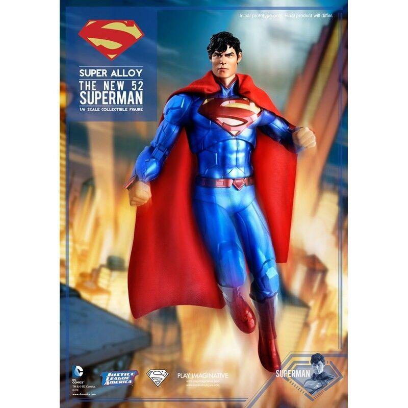 DC COMICS BATMAN THE NEW 52: Super Alloy Superman 1/6 Die Cast 30 cm