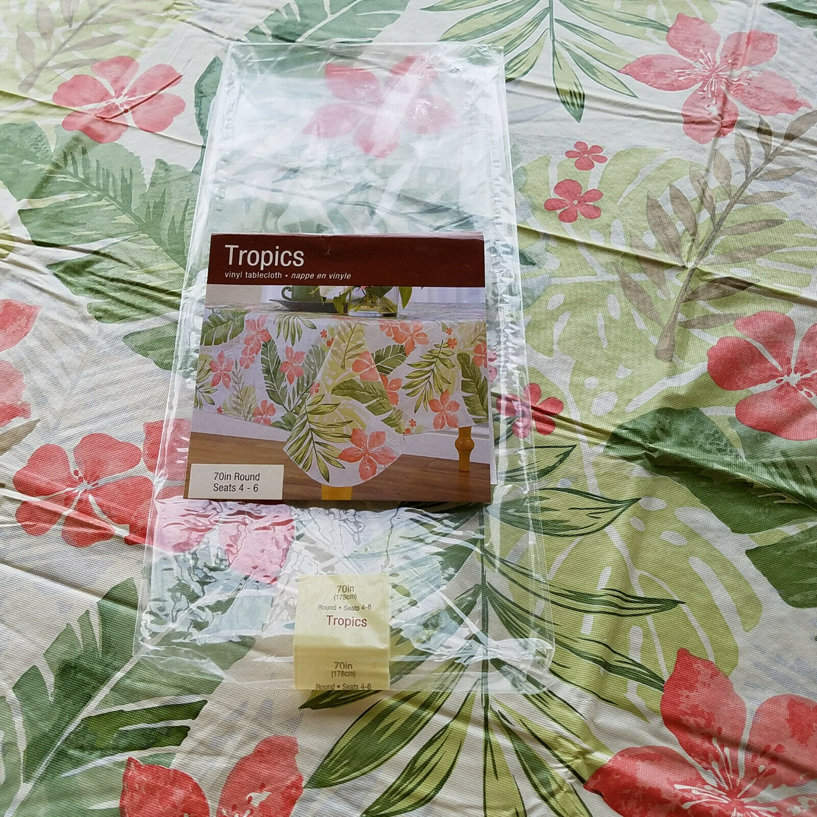 Tropics Vinyl Tablecloth Coral Green Palm Flannel Oval//Oblong Umberella+Round