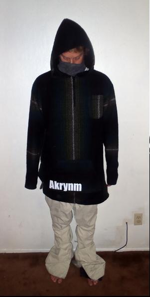 Akrynm Tall