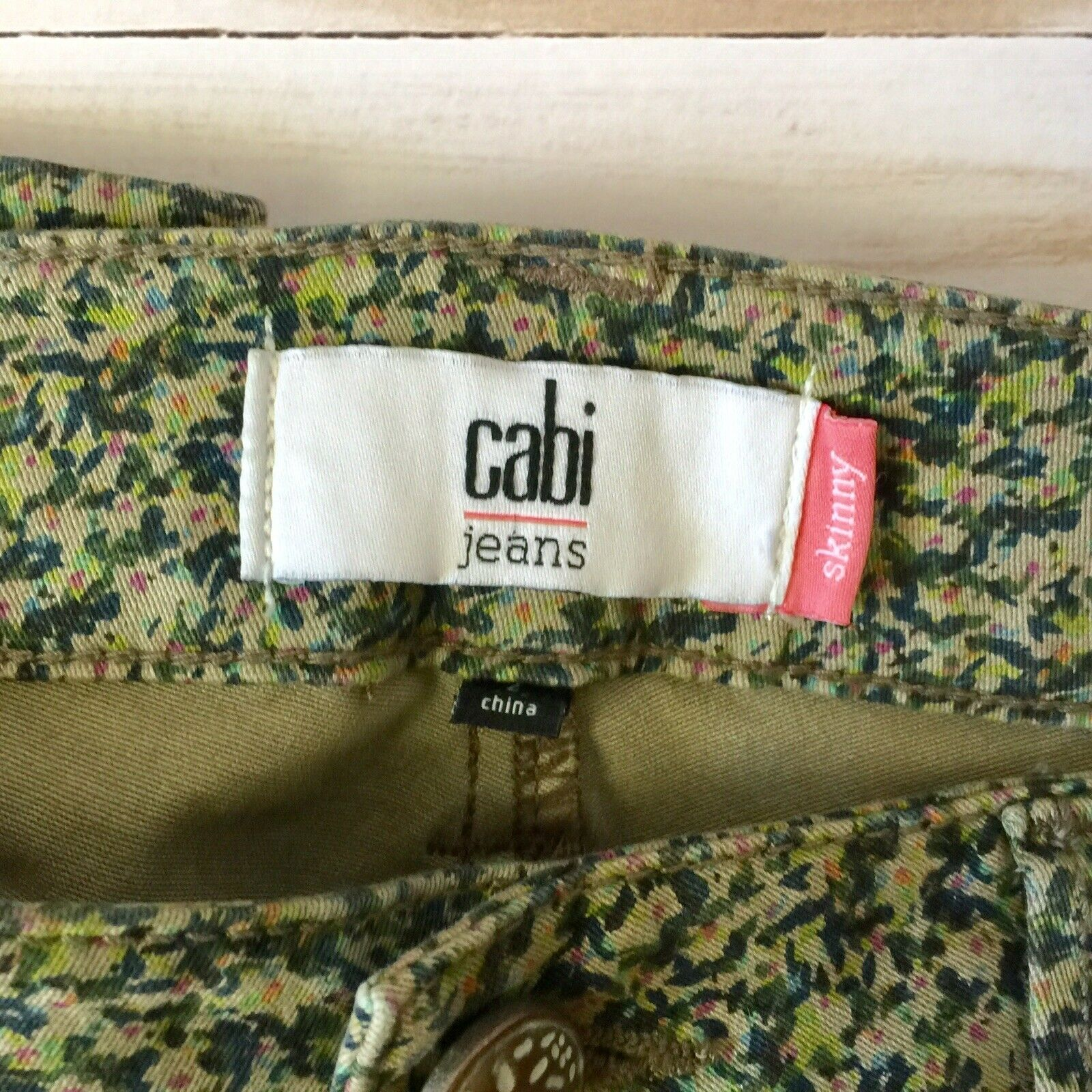 CAbi Spring Ditzy Jeans Size 2