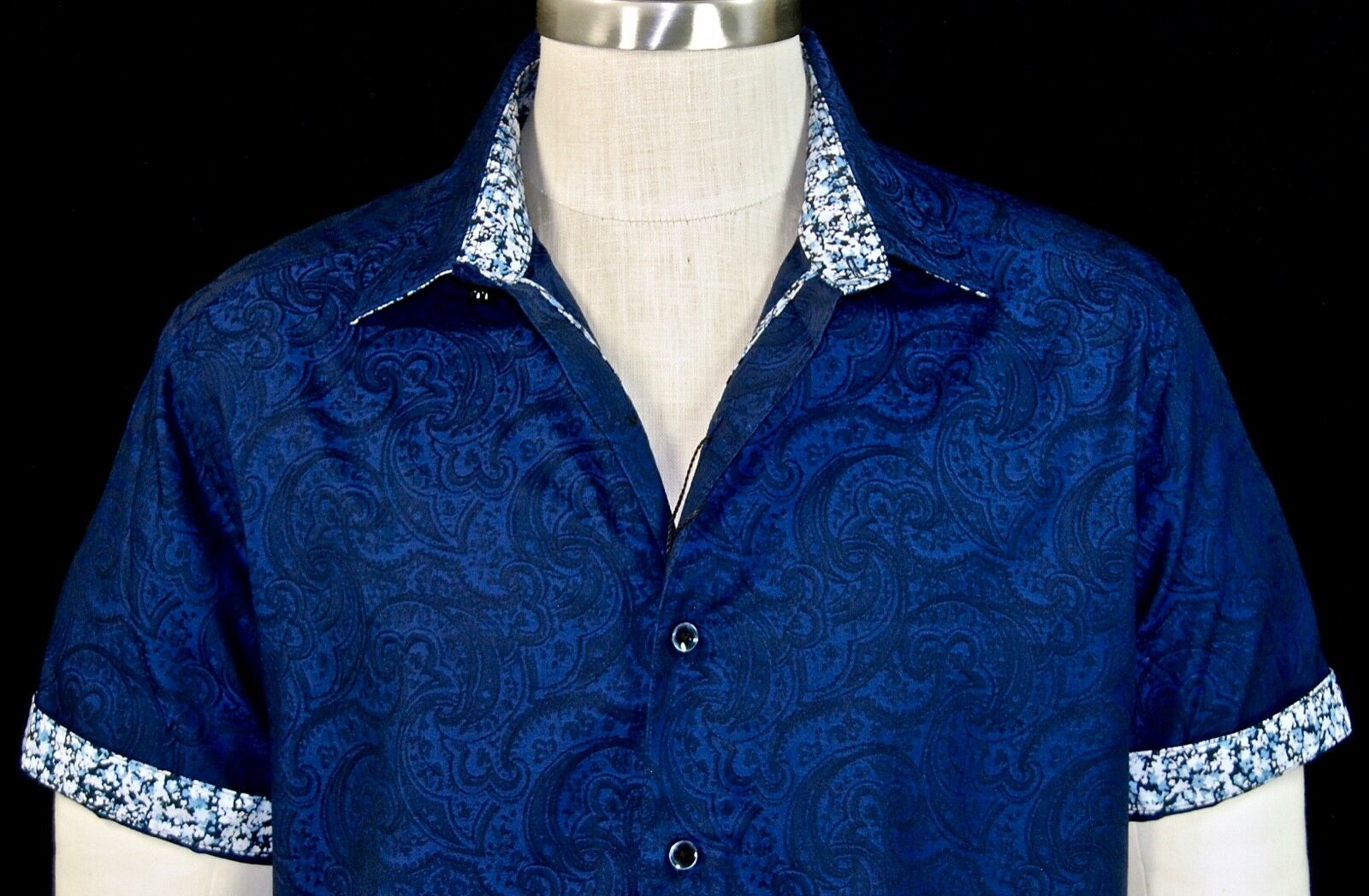 Robert Graham Navy NWT Paisley Jacquard Short Sleeve Floral Cuffs Large