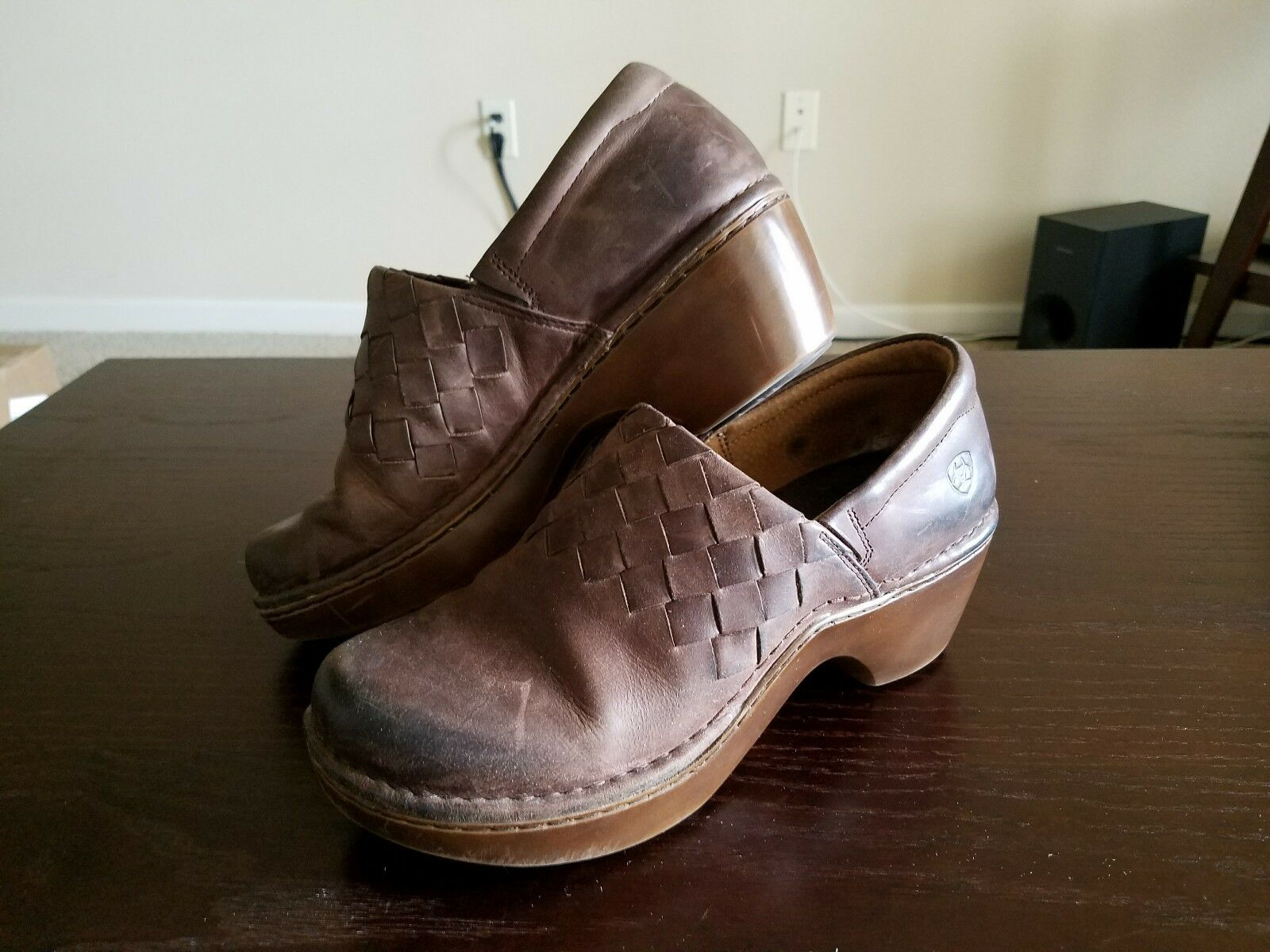 ariat brown leather clogs size 10