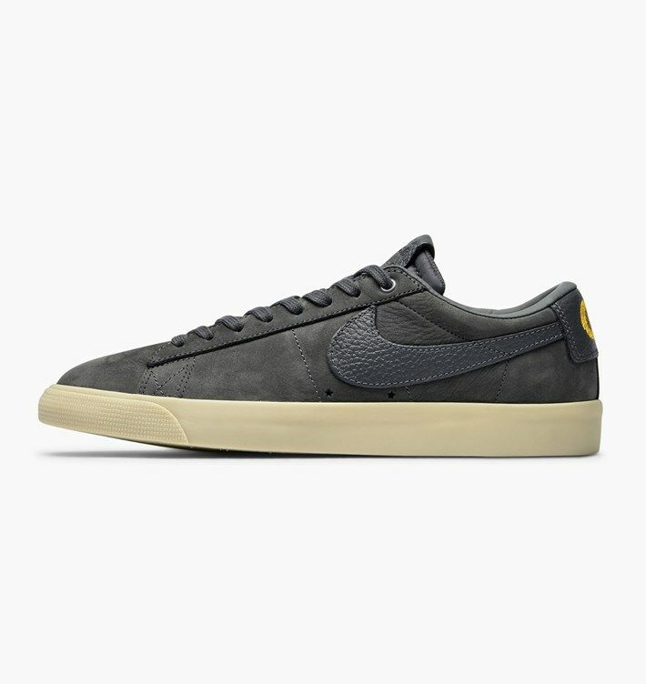 Nike SB Zoom Blazer Low QS Grant Taylor Dark Grey Gum (AQ9941 007) Men's 9.5