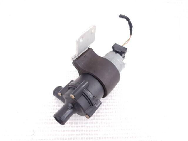Mercedes W124 R170 W202 W208 SLK32 G550 Bosch Auxiliary Water Pump 0018351364