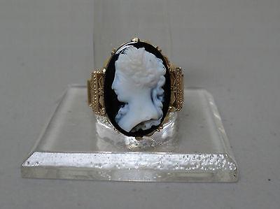 Dynamisch Wunderschön Viktorianisch 14k Gelbgold Ring,hartstein Geschnitzter Gemme - Größe Reich An Poetischer Und Bildlicher Pracht