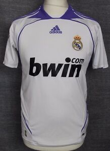 new concept 5b3e7 f0a76 Details about VINTAGE REAL MADRID HOME FOOTBALL SHIRT 06-07 ADIDAS RARE  YOUTHS 32/34