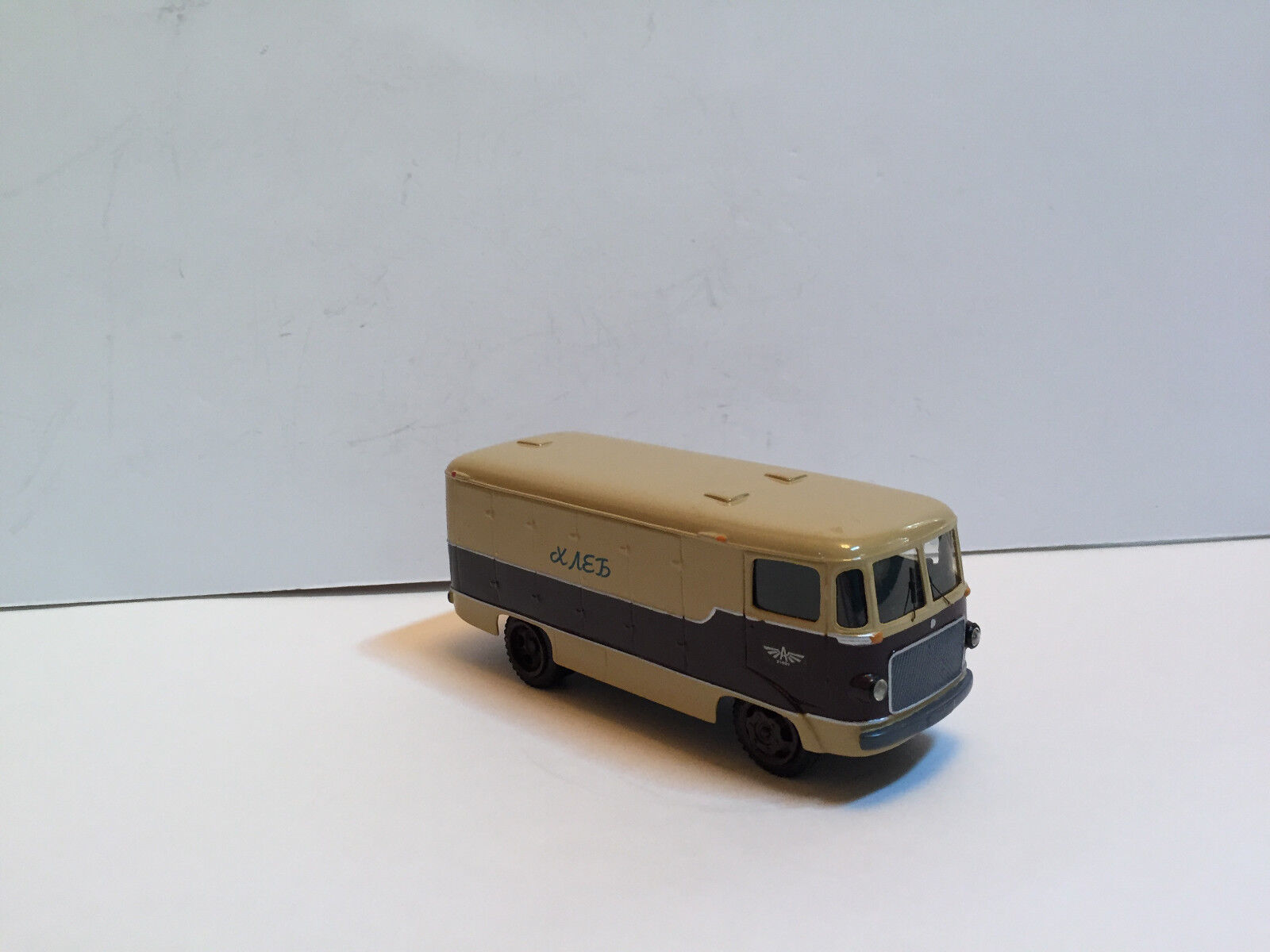 1 43 Russian bus ART TA-9A Bread delivery   1958 Handmade