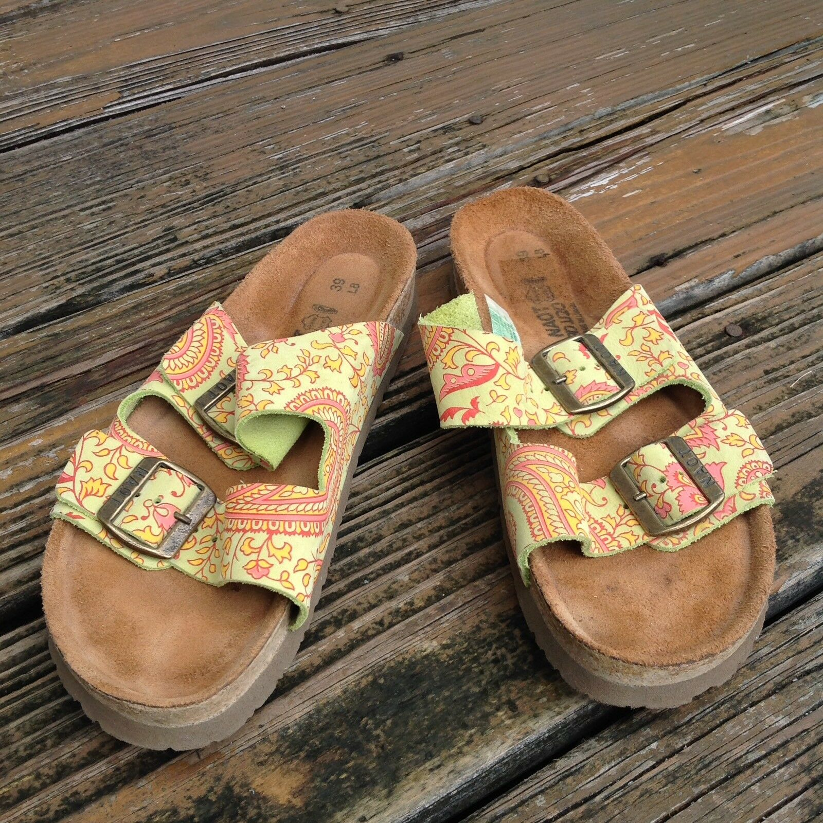 Naot Pink Yellow Green Floral Leather Sz Slip On Sandals Womens Sz Leather 8 EU 39 Shoes 99bbe8