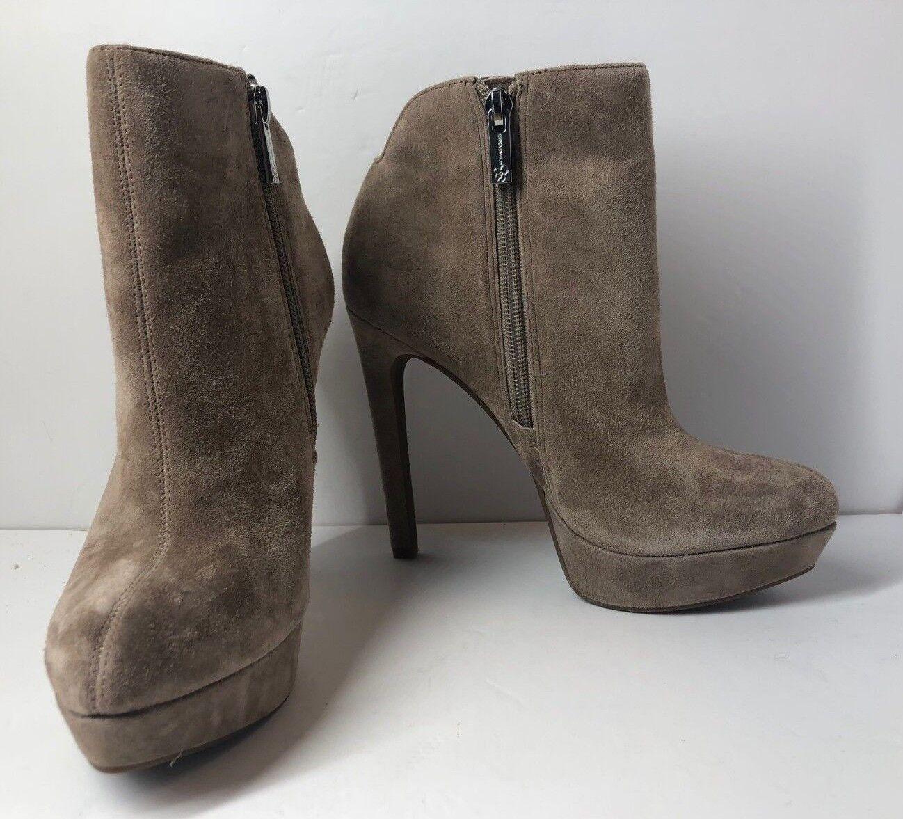 Jessica Simpson JS-ZAMIA For Women Zamia Ankle Bootie in Various Sizes