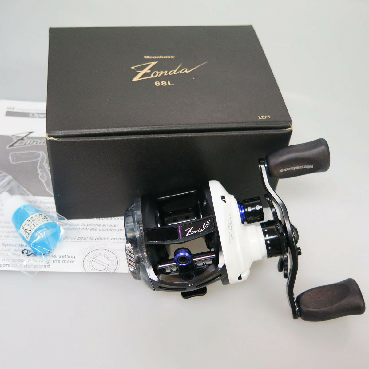 MEGABASS ZONDA 68 Left White  LIMITED EDITION BAITCAST Reel Fedex to Usa  come to choose your own sports style
