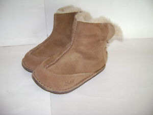b9c35170f23 Details about UGG BOOTS SHOES SLIPPERS SLIP SLIDE ON GIRLS size L CHESTNUT  SUEDE LEATHER CUTE