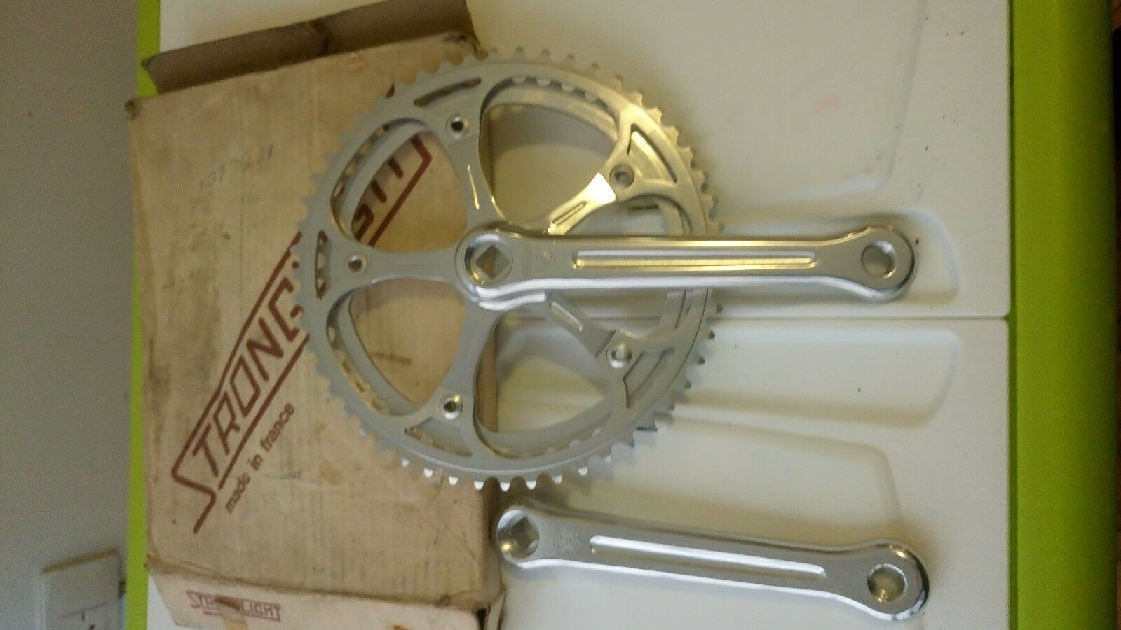 Stronglight   Crankset. Rings 47-52T  factory outlet online discount sale