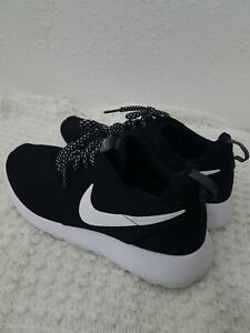 Nike Shoes 7.5 womens Black mesh White