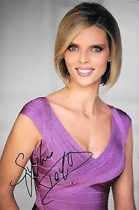 Autographe-sur-photo-de-Sylvie-Tellier-19-x-12-5