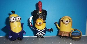 Details about Minions Mini Figures Despicable Me TOYS LOT OF 3 PVC GUARD,  DRACULA, & MEDIEVAL