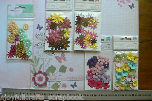 Assorted-Sml-Paper-Flower-28-per-Pack-5-types-15-25mm-American-Crafts-Multi-List