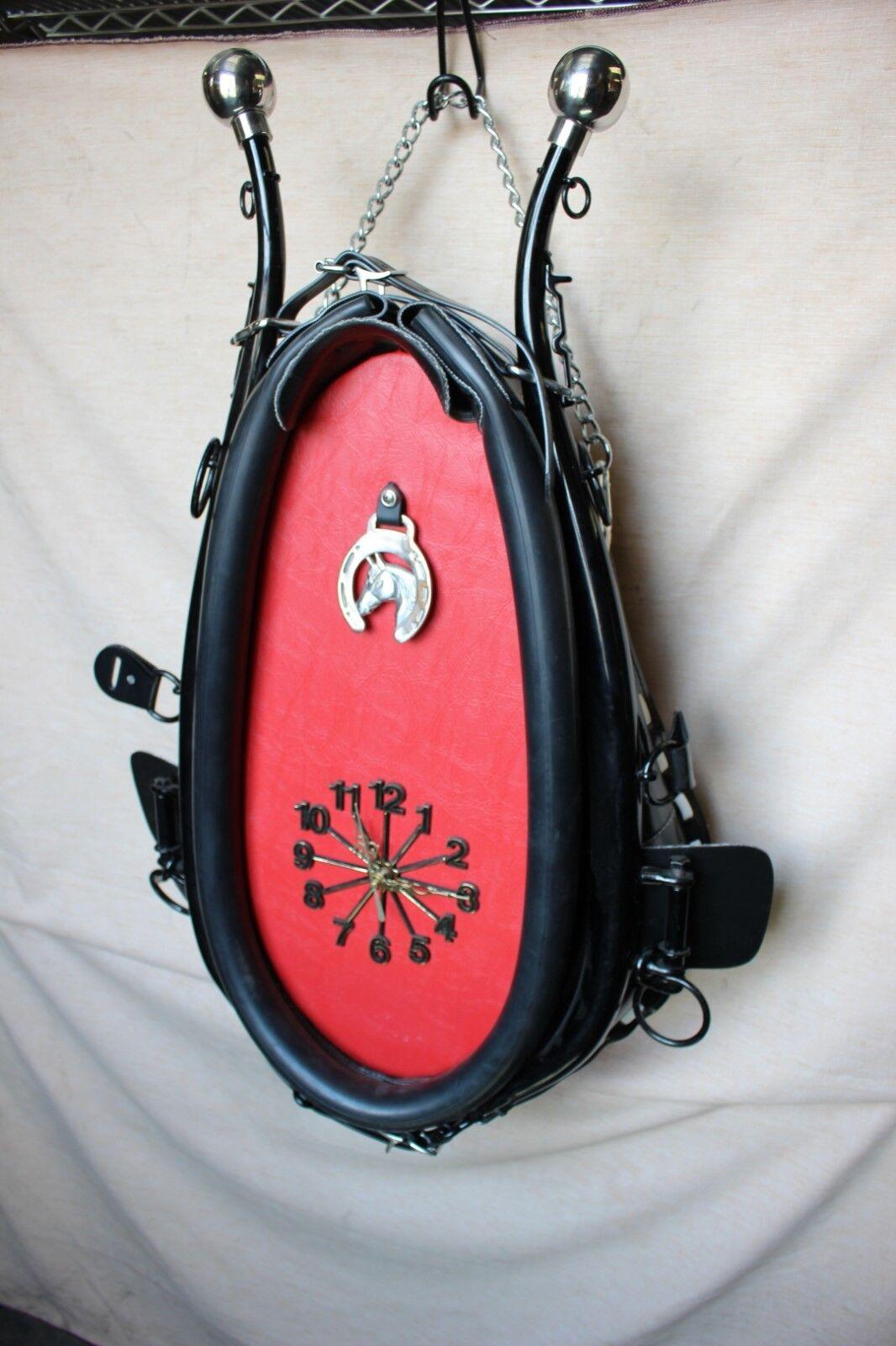 35-23 Nuevo Reloj Collar de caballo de tiro con el software y fondo rojo