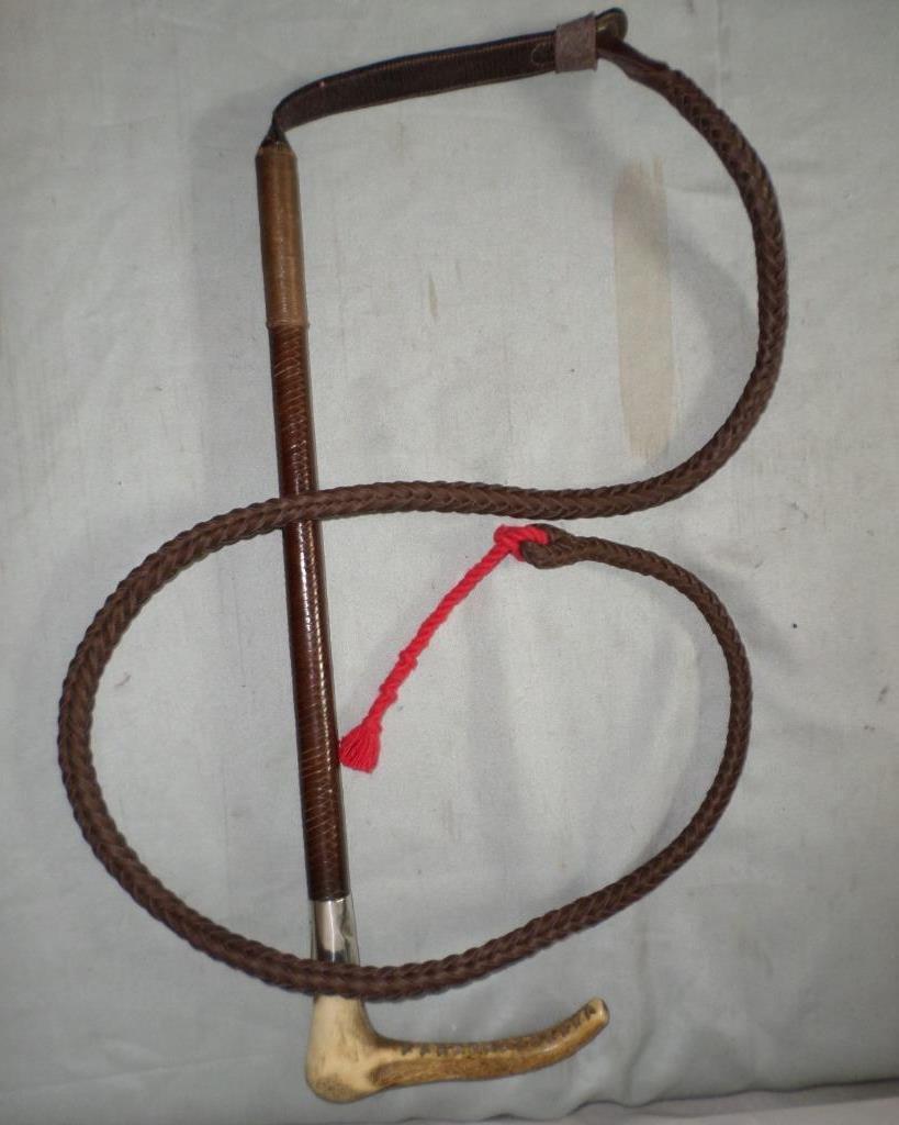 ANTIQUE GENTLEMAN'S MAXWELL HALLMARKED 1912 COLLAR HUNTING WHIP & BEAUFORT LASH.