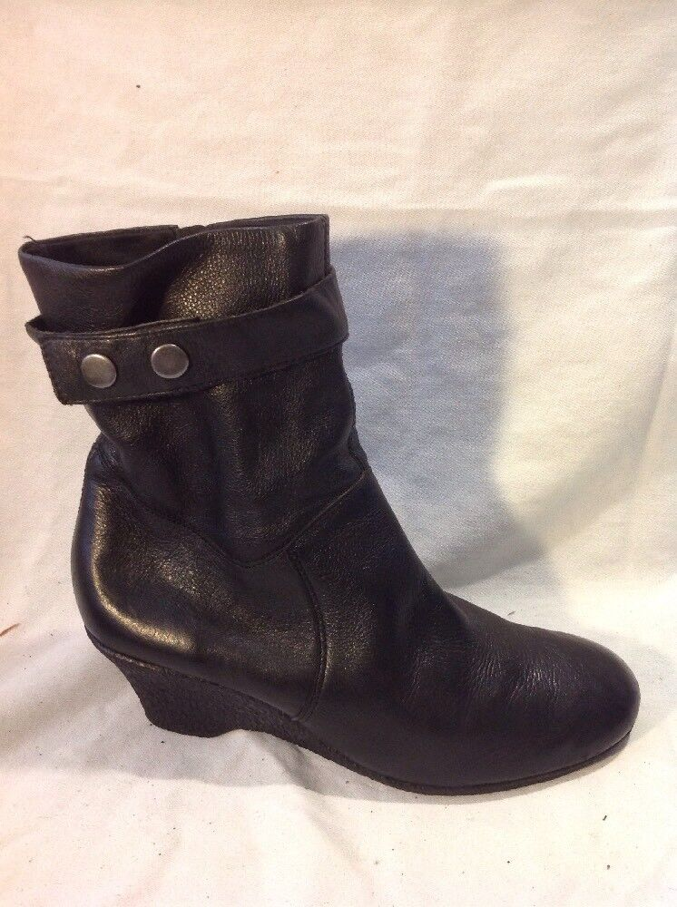 Faith Black Ankle Leather Boots Size 5
