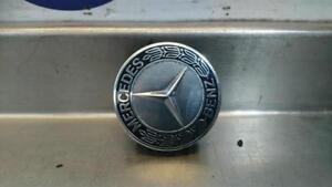 MERCEDES-E-Class-C207-E350-centro-ruota-cappello-distintivo-1714000125