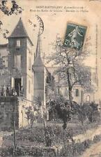 CPA 47 SAINT BARTHELEMY PLACE DES ECOLES DE GARCONS DERRIERE DE L'EGLISE