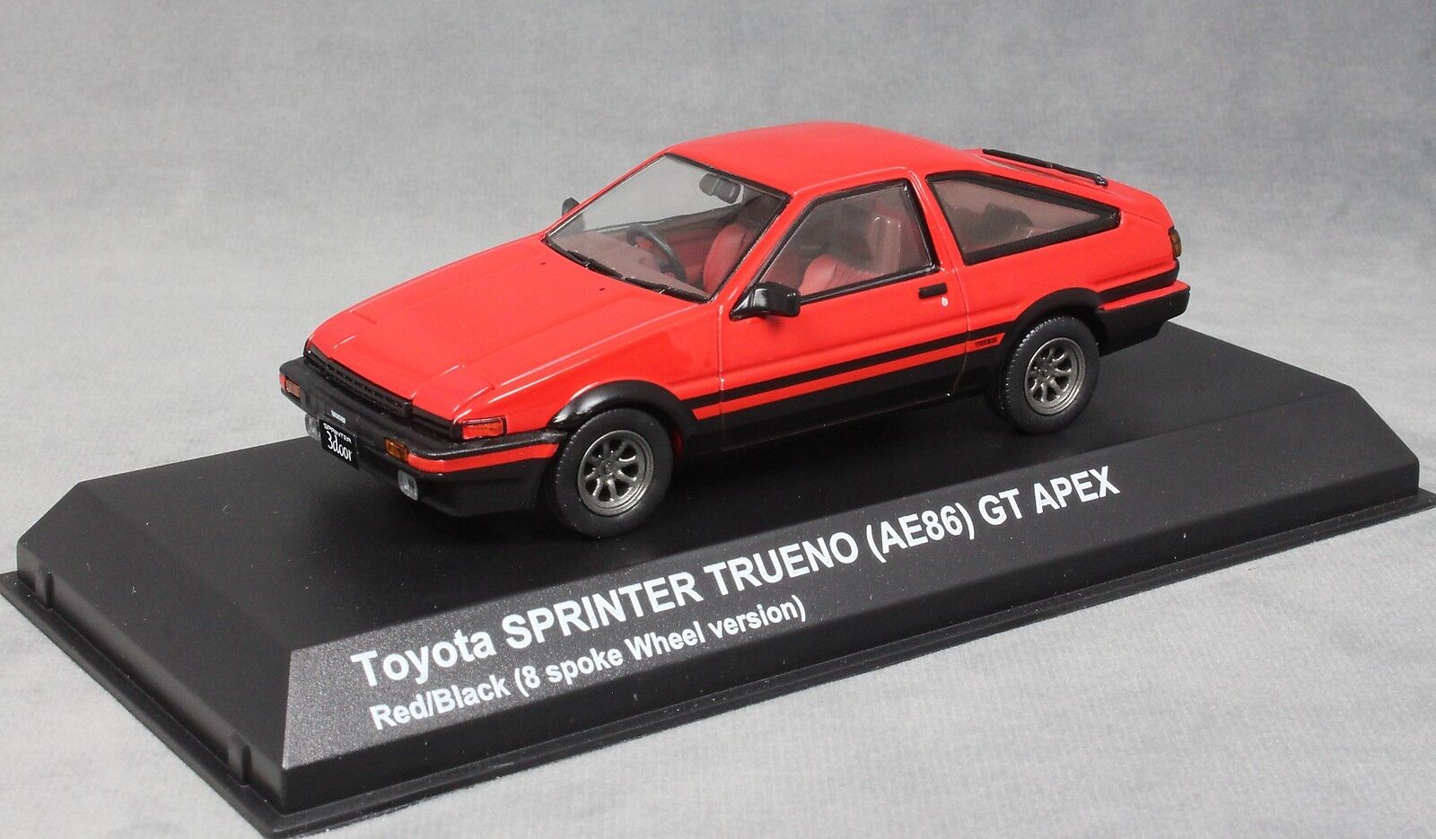 Kyosho Toyota Sprinter Trueno (Cgoldlla AE86) GT Apex  in Red 03892R 1 43 NEW