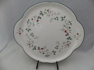Pfaltzgraff Winterberry pattern - Handled Cake Plate - USA - EUC