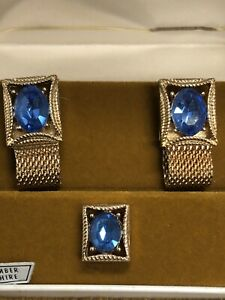 Vintage-SWANK-Cuff-Link-Tie-Tack-Wrap-Around-Set-Gold-Tone-SAPPHIRE-Sept-NOS