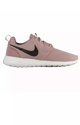 9.5 MEN'S Nike Roshe One Pink/Black