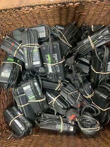JOB-LOT-20-X-PORTATILE-TELECAMERA-ALIMENTATORE-ADATTATORI-CA-Batterie-di-ricambio-e-riparazione