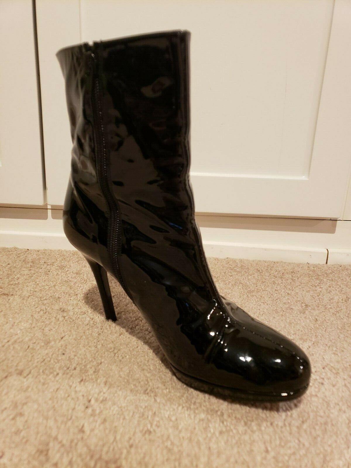 Stuart Weitzman Apollo Black Patent Leather Boots Size 8