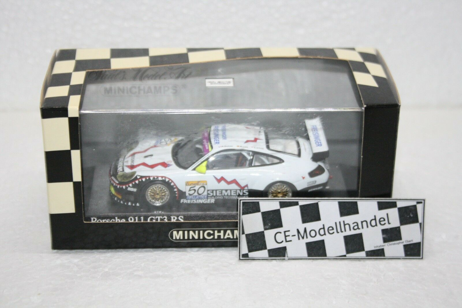 Porsche 911 gt3 rs   50 WINNER 24 H SPA  2003  MINICHAMPS  1 43