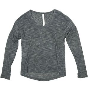 Lululemon-Heathered-Gray-Long-Sleeve-Scoop-Neck-Athletic-Yoga-Run-Top-Womens-2