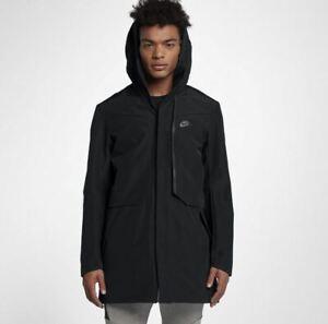 Nike-Sportswear-Tech-Shield-Jacke-M-Parker-Kapuze-wasserdicht-Regen-Mantel