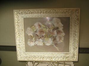 Decorative-White-amp-Gold-Antique-Painting-Frame-w-Original-Glass-13-X-11