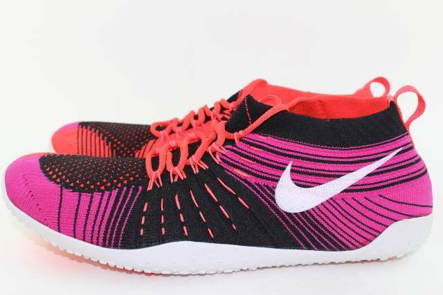 NIKE HYPERFEEL CROSS ELITE RUNNING WOMAN Size  9.0 NEW Open Box Retails for  175