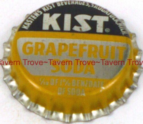 1950s MICHIGAN Saugatuck KIST GRAPEFRUIT SODA Cork Crown Tavern Trove